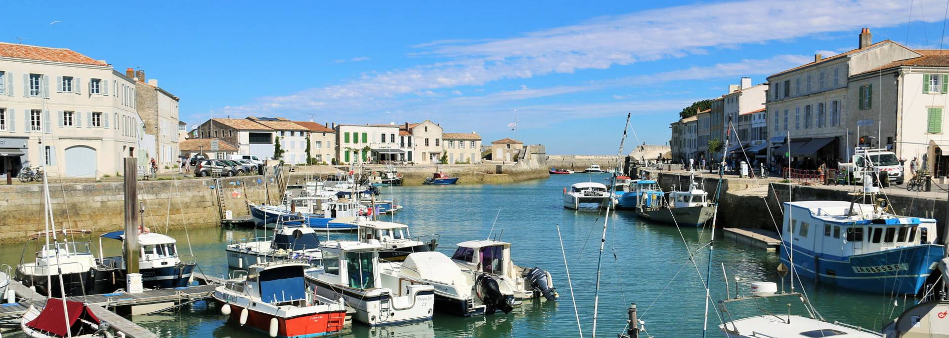 Port de Saint Martin de Ré by Lesley Williamson