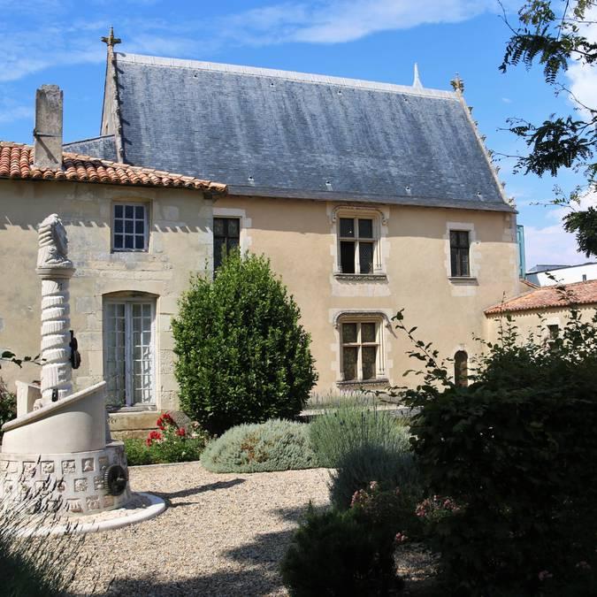 Le musée Ernest Cognacq à Saint-Martin-de-Ré ©Lesley Williamson