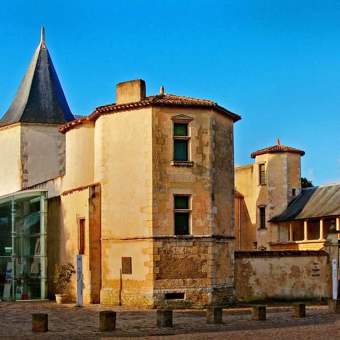 l'histoire de l'ile de ré au musée Ernest Cognacq à Saint-Martin-de-Ré