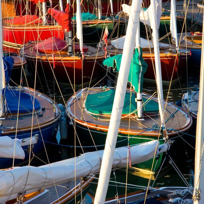 Bateaux dans le port